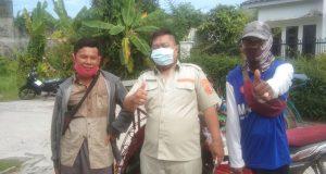 Beras bantuan Gubernur Sumsel disalurkan serentak di 18 kecamatan di Kota Palembang, Sabtu (11/9).